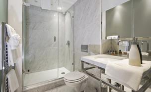 חדר רחצה (צילום:  yampi, Shutterstock)
