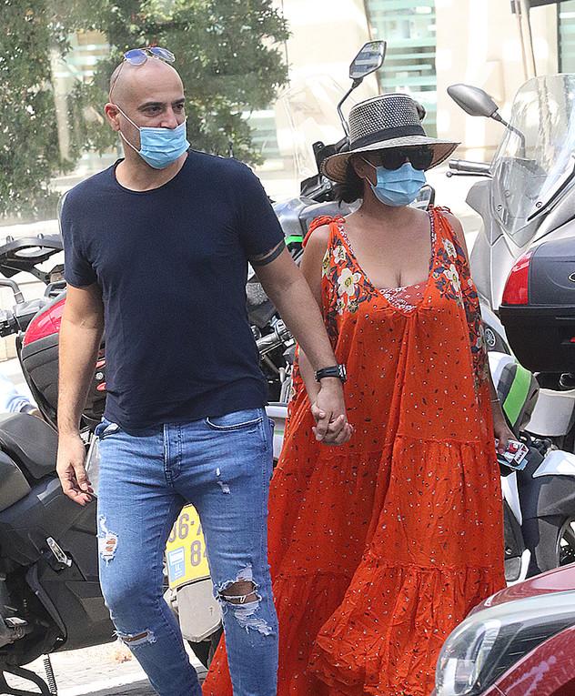 מאיה בוסקילה ובעלה, יוני 2020