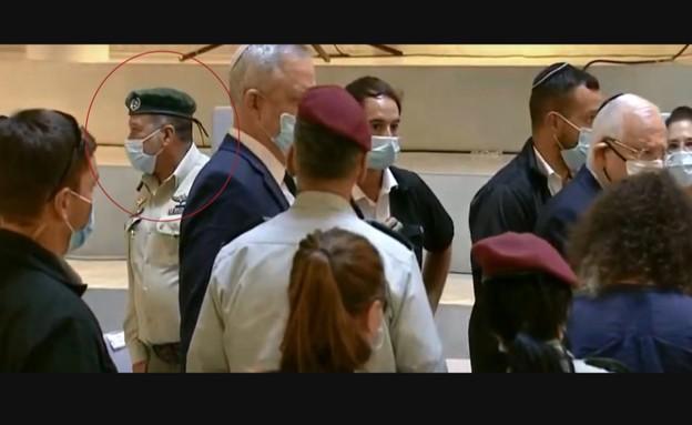 יעקב שבתאי בטקס עם ריבלין ןגנץ (צילום: משרד הביטחון)