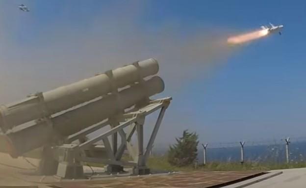 תיעוד השיגור (צילום: SAVUNMA SANAYİİ DERGİLİK, youtube)
