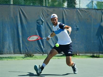לשם. עלה לגמר (צילום: עמית שיסל, איגוד הטניס) (צילום: ספורט 5)