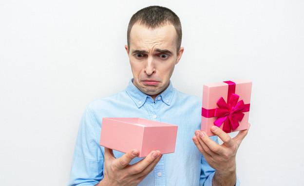 מתנה  (צילום: Anastasiya 99  shutterstock)