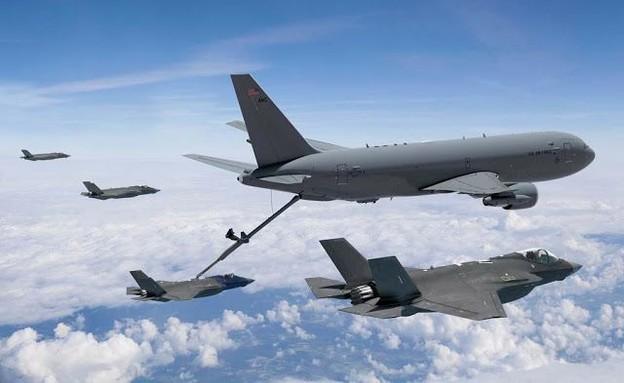מטוס התדלוק kc-46 מתלדק מטוסי f-35