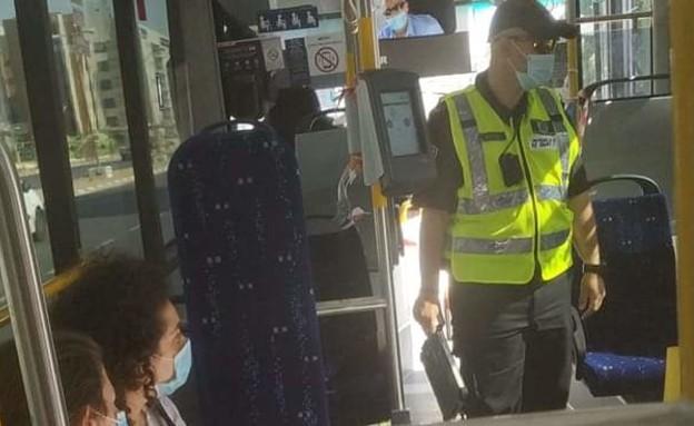 אכיפה של אי חבישת מסכות באוטובוסים, באר שבע (צילום: פייסבוק)