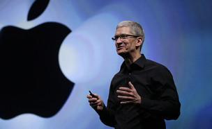 טים קוק מציג את האייפון 5 (2012) (צילום: ap)