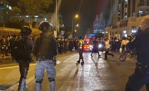 ההפגנות בירושלים, הלילה (צילום: דוברות המשטרה)