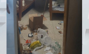 """כך הישראלים משאירים את מלוניות הקורונה (צילום: מתוך """"חי בלילה"""", קשת 12)"""