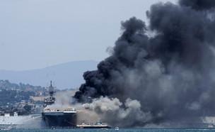 ספינת הקרב בסן דייגו (צילום: רויטרס)