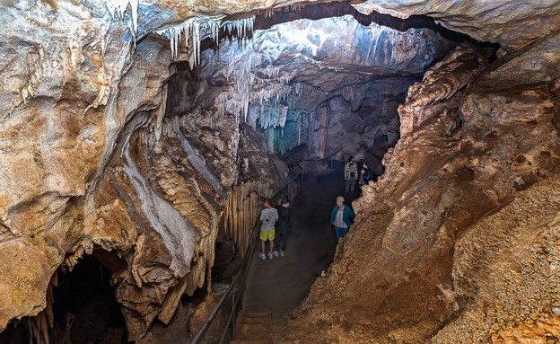 מערות (צילום: alexroch)