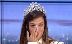 """תהילה לוי מתרגשת עד דמעות בשידור (צילום: מתוך """"גלית ואילנית"""", קשת 12)"""
