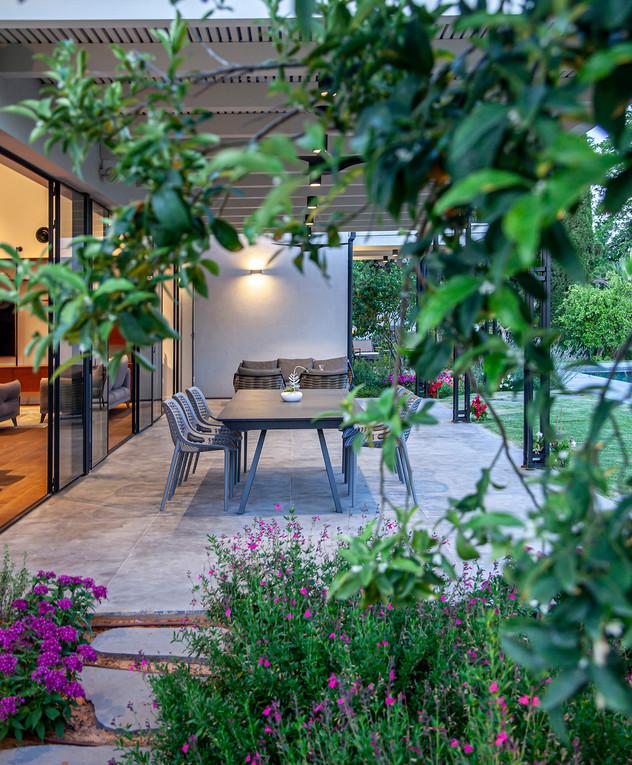 בית בשרון, עיצוב גילי זילברברג, ג - 39