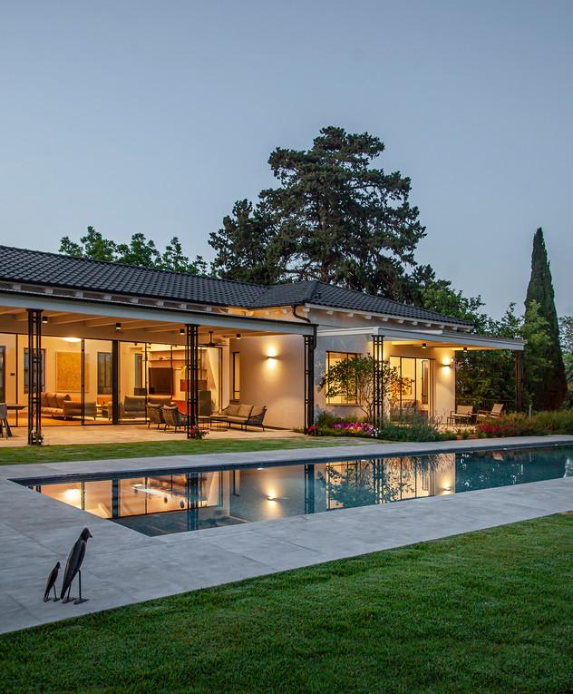 בית בשרון, עיצוב גילי זילברברג, ג - 45