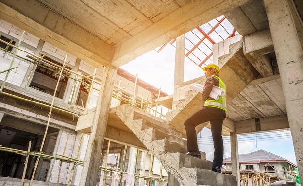 פועל בניין (צילום: shutterstock)