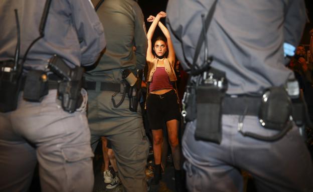 המחאה מול בית ראש הממשלה בירושלים (צילום: עודד בלילטי, ap)