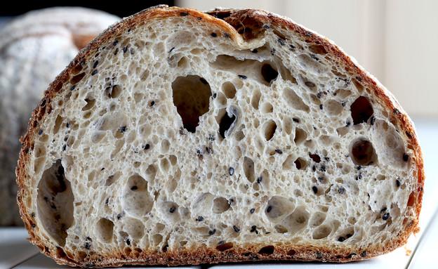 לחם מחמצת חיטה מלאה (צילום: Chuah Chiew See, shutterstock)