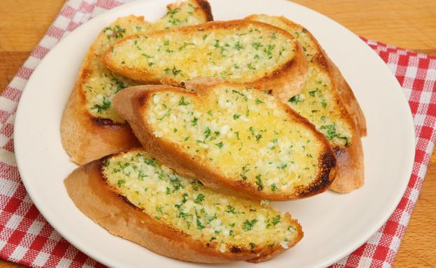 לחם שום (צילום: jabiru, Istock)