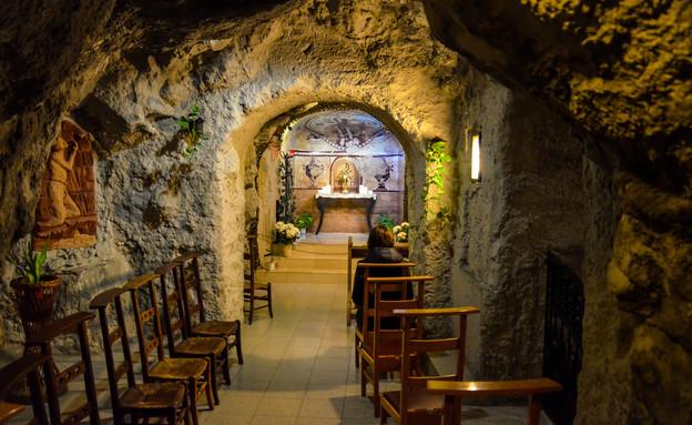 קפלת המערה (צילום: Petr Pohudka)