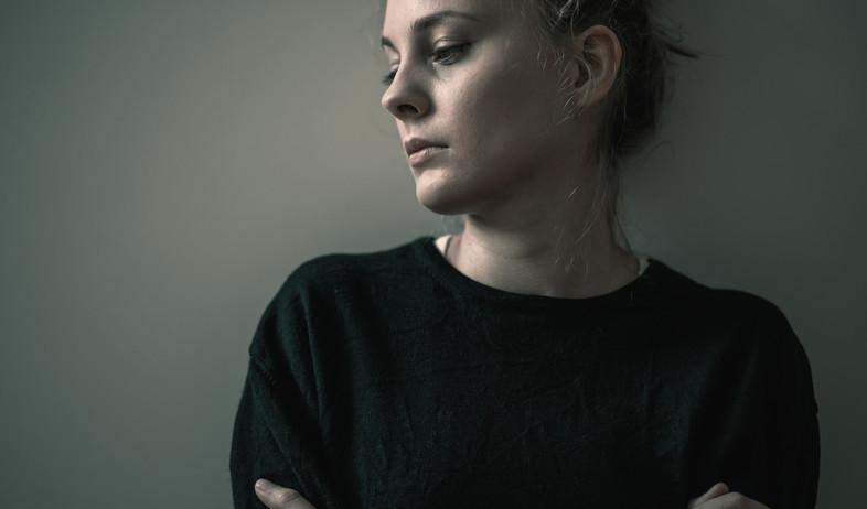 דיכאון, אישה עצובה (צילום: Photographee.eu, Shuterstock)