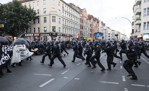 הפגנות בברלין נגד הגבלות הקורונה (צילום: ap)