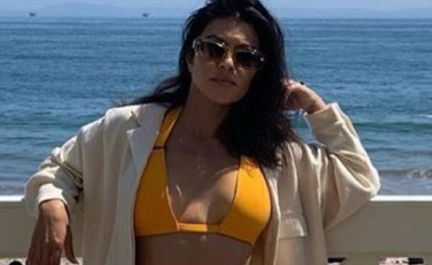 קורטני קרדשיאן בבגד ים (צילום: צילום מסך מתוך האינסטגרם של קורטני קרדשיאן, instagram)