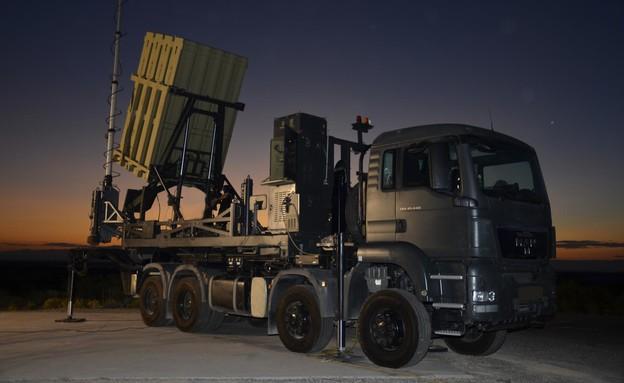 """רפאל וריית'יאון יקימו מפעל בארה""""ב לייצור טילים ומש"""