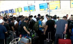 בניגוד להנחיות: הישראלים ממשיכים לטוס לאומן (צילום: מתוך חי בלילה, קשת 12)