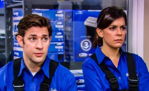 """לינדזי ברוד, ג'ון קרסינסקי, """"המשרד"""" (צילום: NBCUniversal Television Distribution)"""