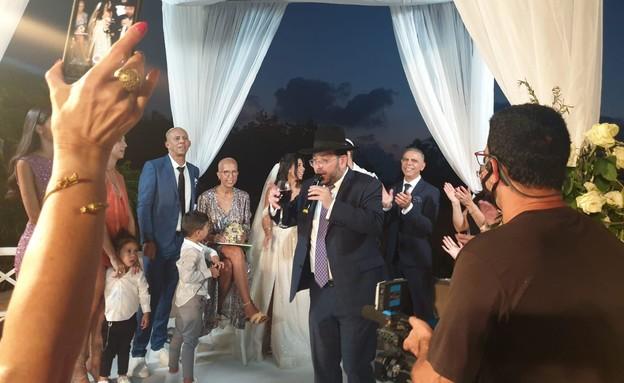 משפחת הררי בחתונה, הערב (צילום: באדיבות כתב הברנז'ה איציק אוחנה והרבנית של האינסטגרם)