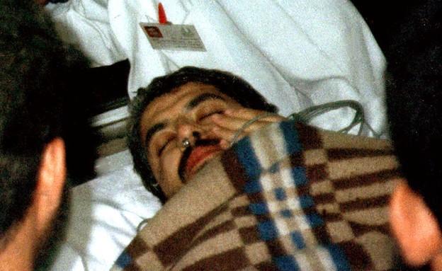 חאלד משעל אחרי נסיון ההתנקשות בחייו (צילום: שי פרנקו, רויטרס)