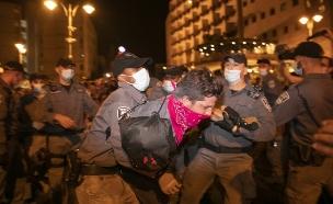 עצורים בהפגנה בירושלים (צילום: אוליביה פיטוסי, פלאש 90)