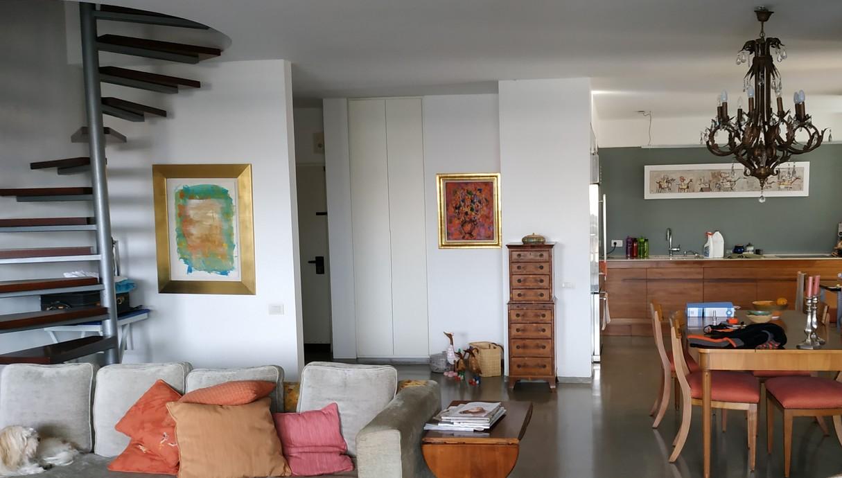 דופלקס בתל אביב, עיצוב מאיה רוזנברג, סלון 1 לפני שיפוץ