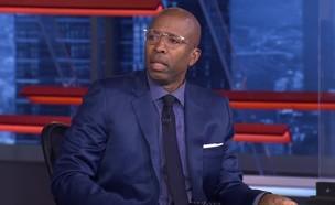 """קני סמית', """"Inside the NBA"""" (צילום: יוטיוב - NBA on TNT)"""