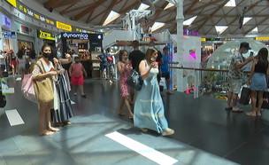 הישראלים נוהרים לקניות באילת (צילום: N12)