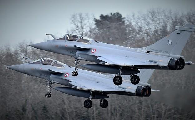 דגם המטוס (צילום: AFP, GettyImages)