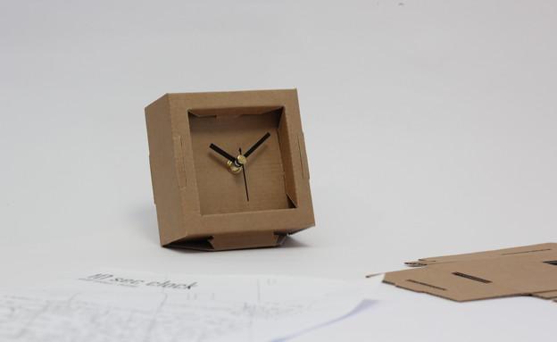 ראש השנה 2020-לימור קלר -שעון בהרכבה עצמית-49 שקל (צילום: אורי ארואסטי)