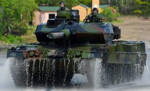 טנק זר (צילום: AFP, GettyImages)