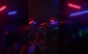 מסיבה ב״זוזא״ (צילום: אלון חן)