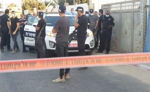 זירת הרצח בלוד (צילום: דוברות המשטרה)