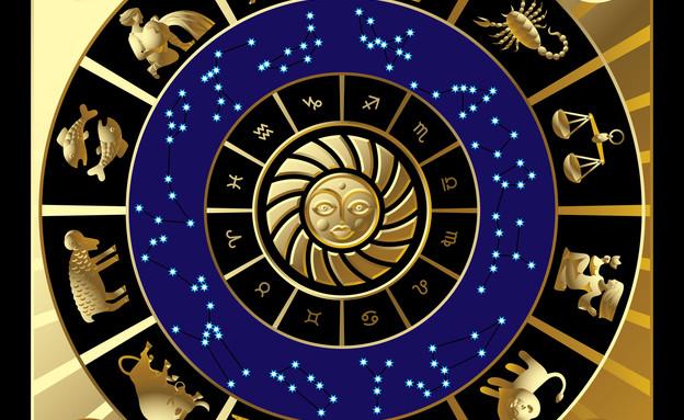 גלגל המזלות ברקע זהב (צילום: אור גץ)