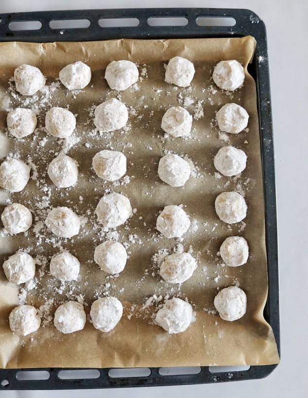 עוגיות לימון מושלגות - לפני אפייה