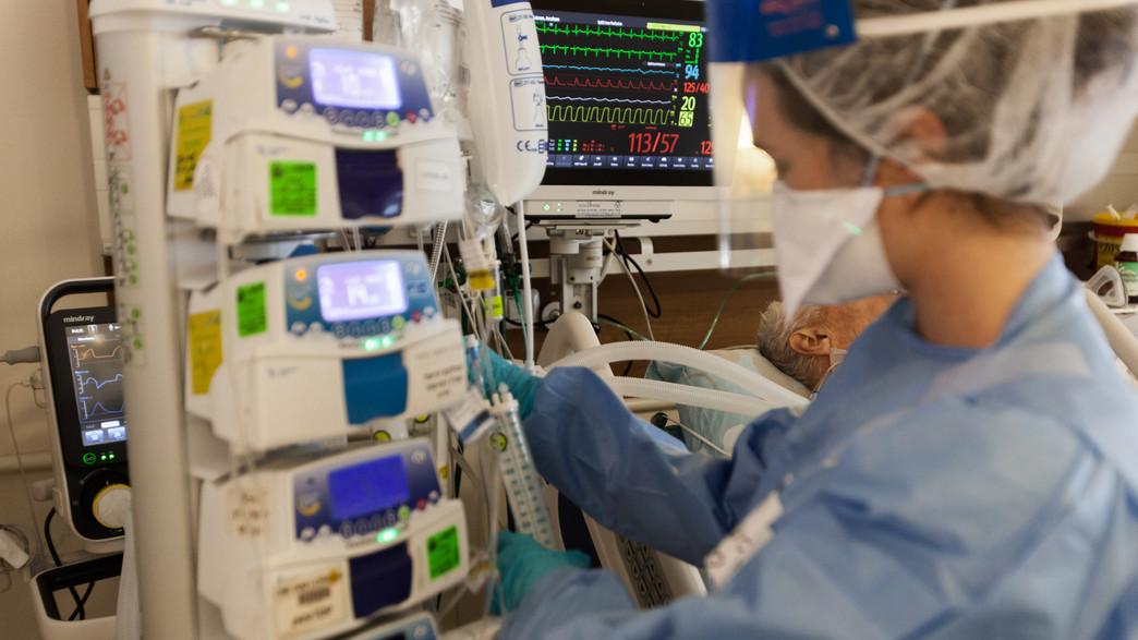 מחלקת הקורונה בבית החולים מאיר (צילום: אסף פרידמן Asaf friedman)
