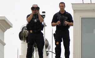 אנשי השירות (צילום: MANDEL NGAN/AFP, GettyImages)