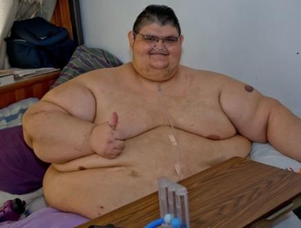 כנגד כל הסיכויים: הגבר השמן בעולם שרד את נגיף הקורונה