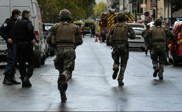 המתקפה בפריז.