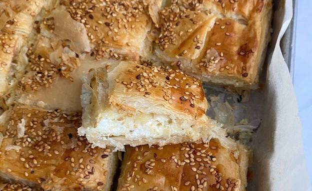 בורקס גבינה משפחתי (צילום: רון יוחננוב, אוכל טוב)