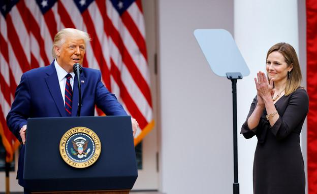 טראמפ מציג את בארט (צילום: reuters)