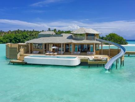 נחנך חדר המלון הכי גדול בעולם שנבנה על המים