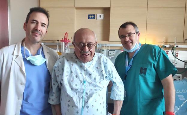 בן 74 עבר ניתוח בעמוד השדרה כשהוא ער  (צילום: בית חולים הדסה)