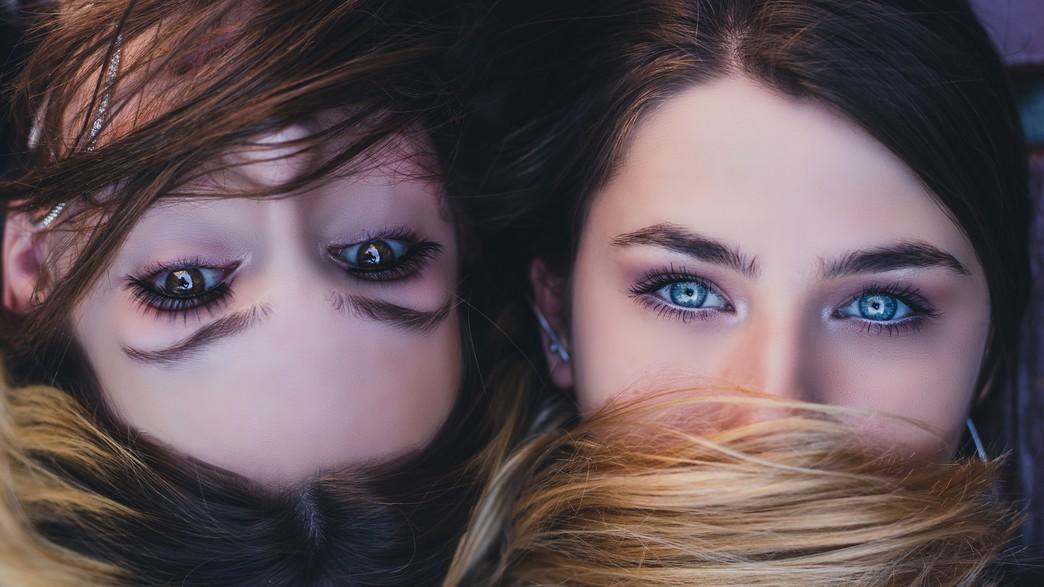 פילטר עיניים בחורות פורטרט (צילום: nikola-topic, unsplash)