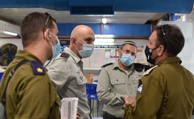 """צה""""ל חנך שתי מחלקות קורונה בבית החולים רמב""""ם (צילום: דובר צה""""ל )"""